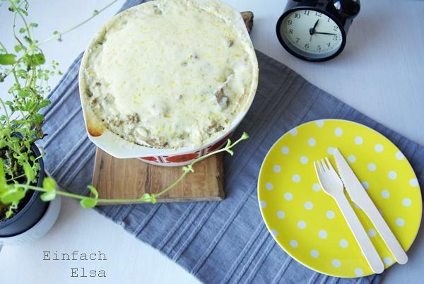 schneller-Auflauf-mit-Kartoffel-Porreeschneller-Auflauf-mit-Kartoffel-Porree