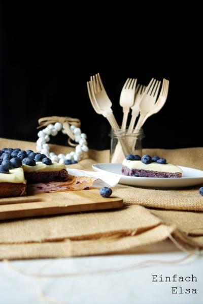 Kuchen-mit-weißer-Schokoladen-Frischkäsecreme