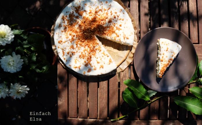Biskuitkuchen-mit-Ananas