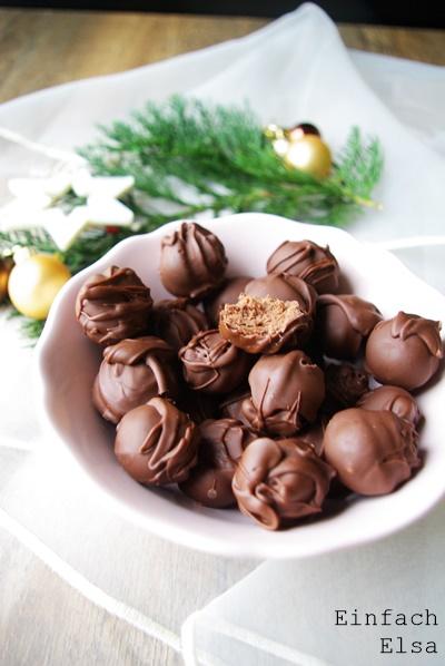 Pralinen-Schokolade-Amaretto-Trüffel