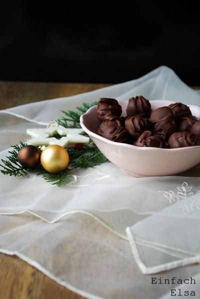 Schokoladen-Pralinen-Amaretto-Trüffel